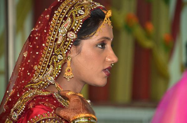 Me falaram que essa moça tinha casado na noite anterior!